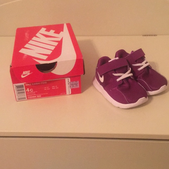 promo code f9cf1 43995 BNWT Nike Kaishi baby girl shoes - size 4